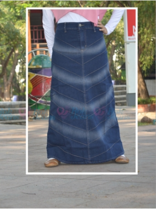 Blue Bone Jeans Skirt R119